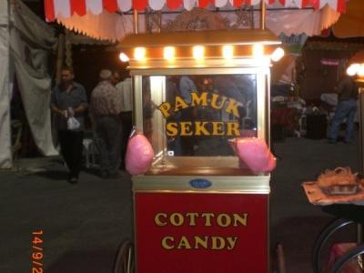 Pamuk şekeri arabası