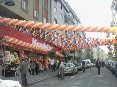 Market balon süslemesi